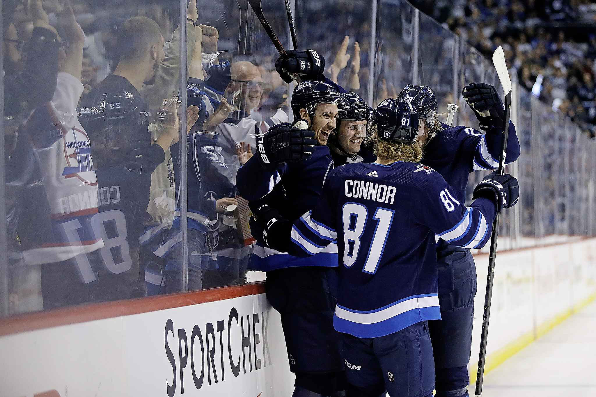 JOHN WOODS / THE CANADIAN PRESS</p><p>Winnipeg Jets&#39; Kevin Hayes (12) celebrates his goal withJacob Trouba (8), Kyle Connor (81) and Patrik Laine (29) during the second period.</p>