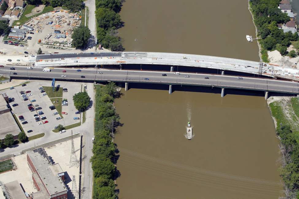 Disraeli Bridge. July 3, 2012 (BORIS MINKEVICH / WINNIPEG FREE PRESS)