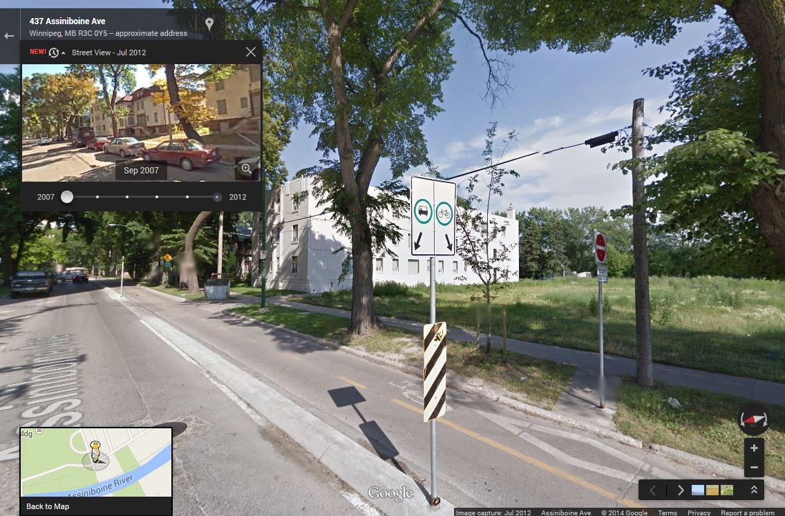 Assiniboine Avenue in 2012: Bike-path added, buildings removed.  See it on Google Maps: http://wfp.to/mapassiniboine  (Google)