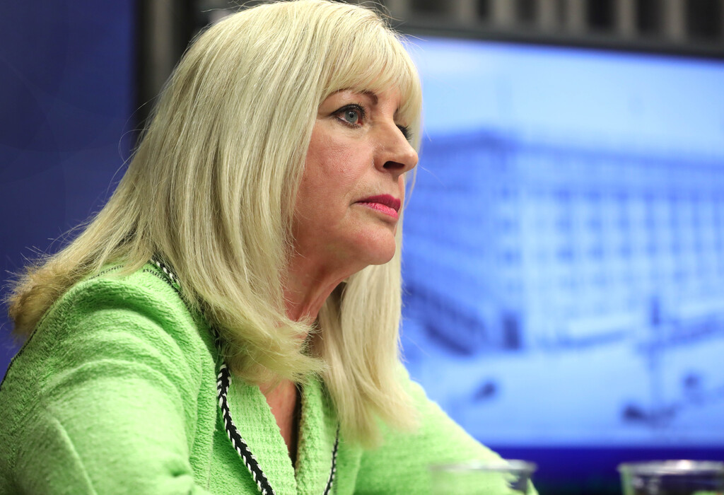Sport, Culture and Heritage Minister Cathy Cox is a possible candidate to take over from Brian Pallister. (Ruth Bonneville / Winnipeg Free Press files)