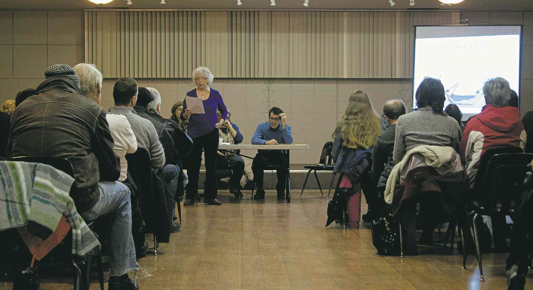 Approximately 55 St. Norbert area residents were in attendance at a forum sponsored by the Manitoba Energy Justice Coalition regarding the Energy East Pipeline.  (DANIELLE DASILVA/CANSTAR/SOUWESTER)