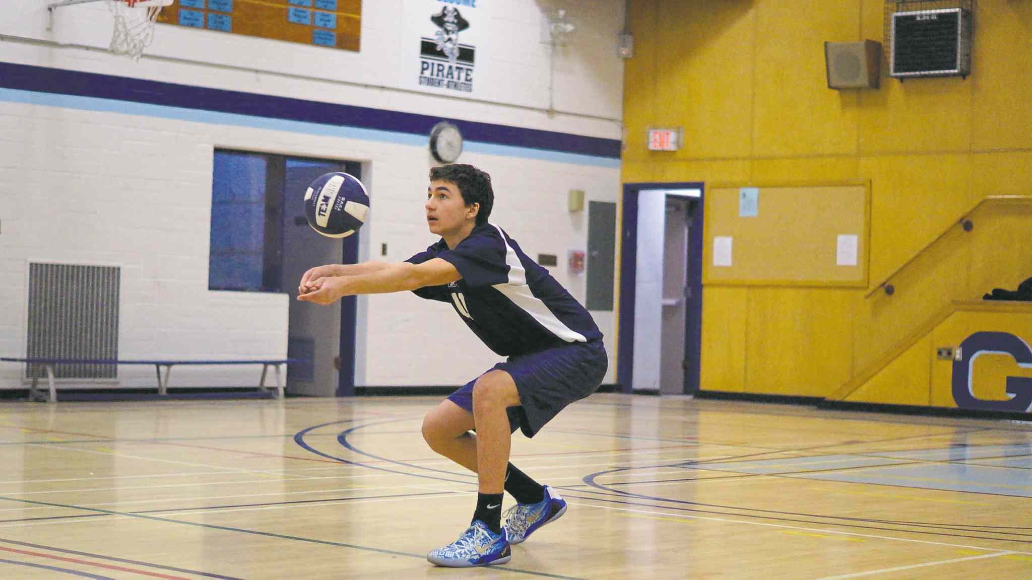 Nov. 26, 2014 - The Grade 9 boys' volleyball team at Grant Park are going to provincials next weekend. Nick Cicek passes the ball during practice. (DANIELLE DA SILVA/CANSTAR/SOUWESTER)
