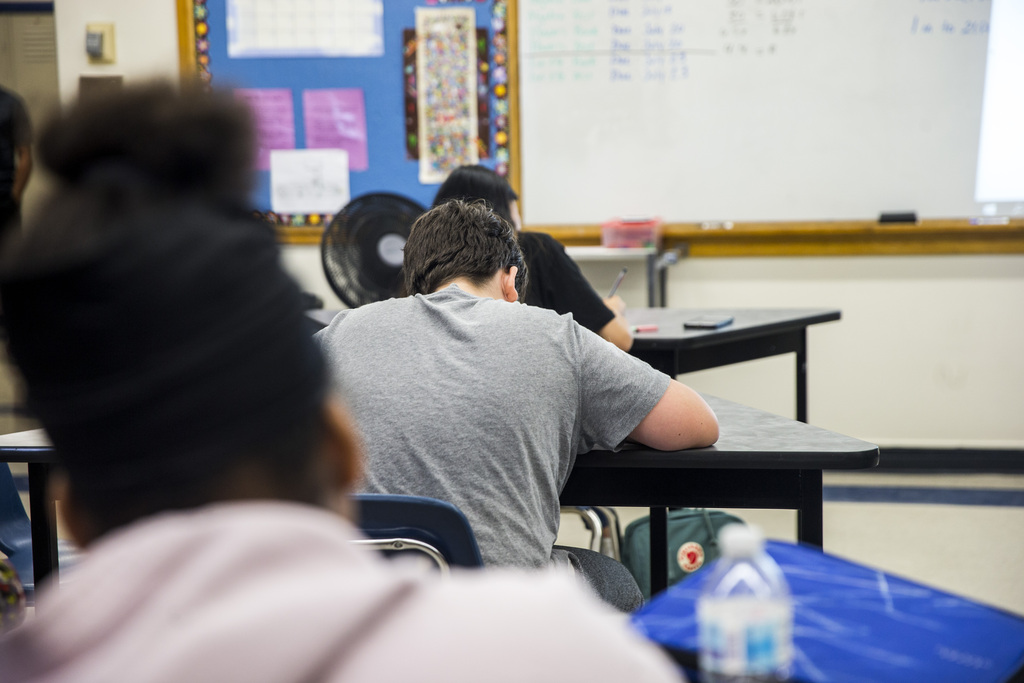 All K-8 students and students with special needs are expected to return to classrooms full-time Sept. 8, while high schoolers may continue with blended learning, if their schools cannot accommodate physical distancing. (Mikaela MacKenzie / Winnipeg Free Press files)