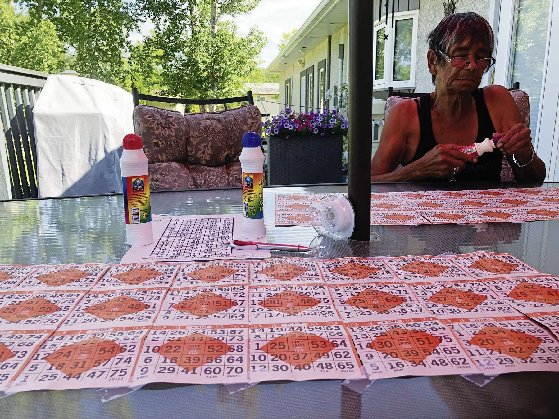 Players in St. Eustache have been playing along at home with NCI's Mini Loonie Pot bingo games, which are called on Saturday mornings.
