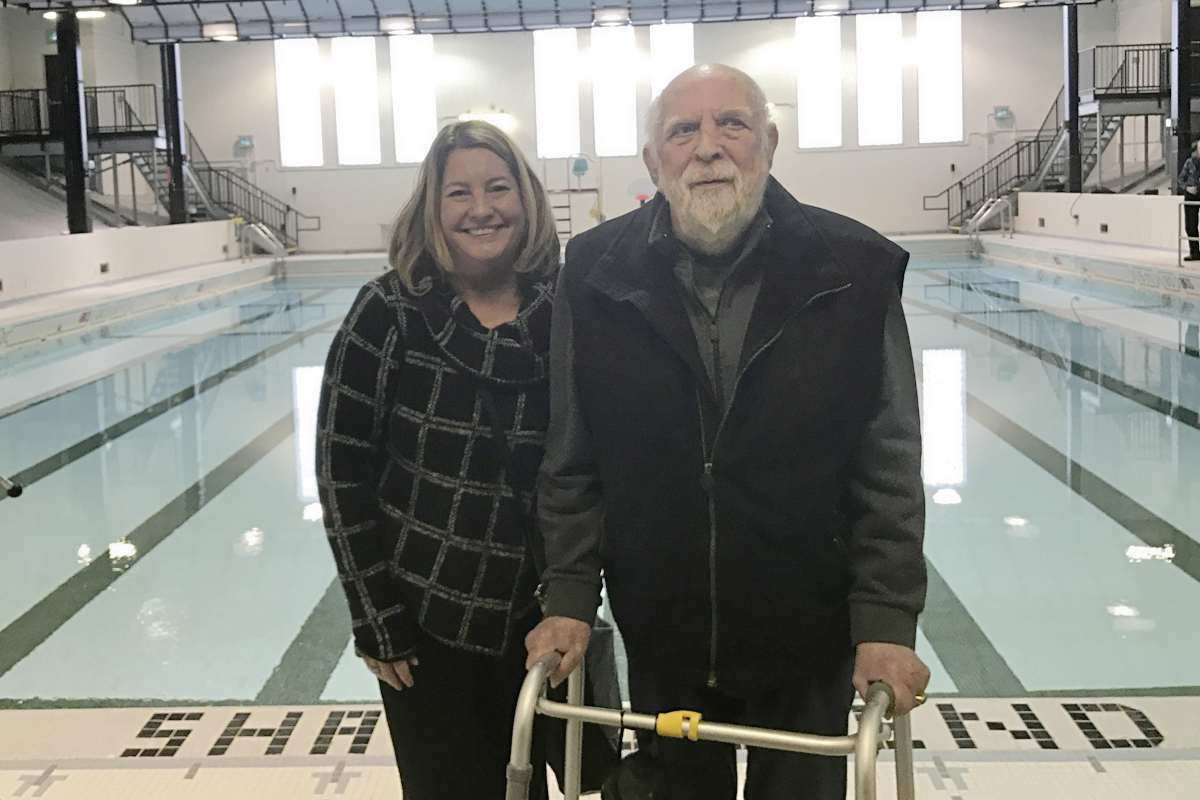 Daniel McIntyre councillor Cindy Gilroy and former councillor Harvey Smith at the reopening of the Kinsmen Sherbrook Pool in January. Smith, who served as both a city councillor and MLA in the area during a long political career, died in March. (SUPPLIED/THE METRO/CANSTAR COMMUNITY NEWS)