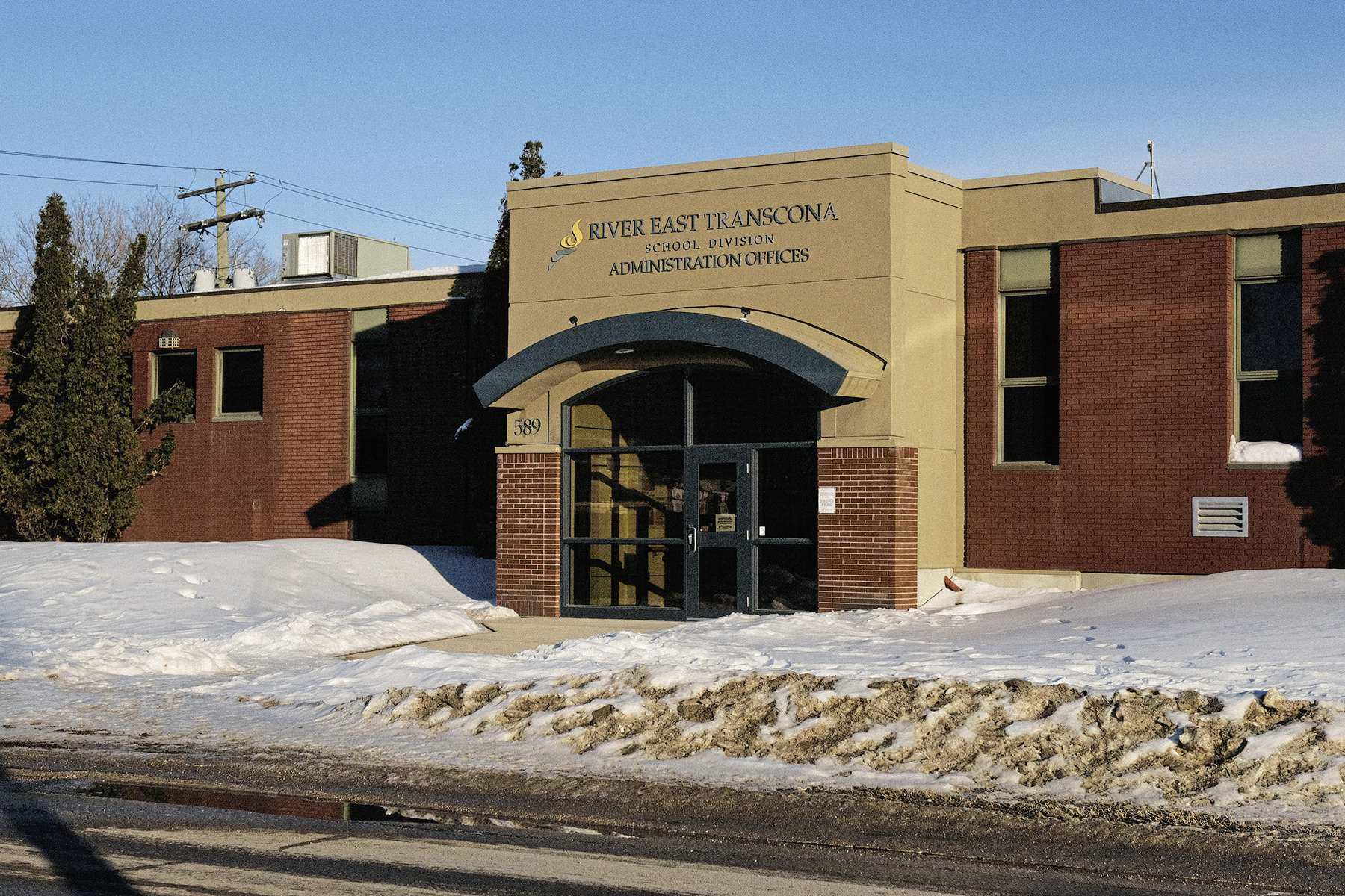 Per capita spending varies broadly within Winnipeg, with River East Transcona students getting nearly $3,000 less than those in St. James Assiniboia. (Daniel Crump / Winnipeg Free Press)