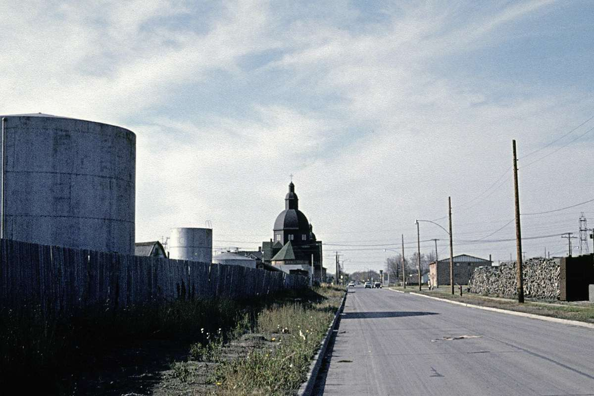 This 1962 photo shows the ROCO oil refinery facility on the left, along Munroe Avenue.