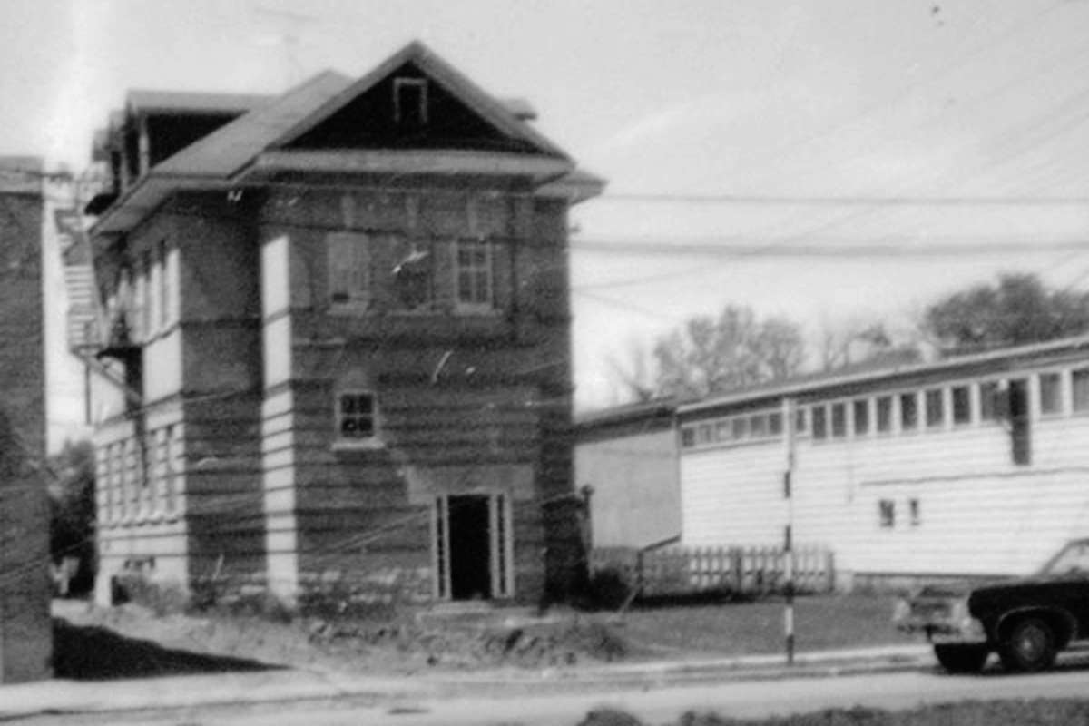 East Kildonan School opened in November 1908, and was built at a cost of $10,000.