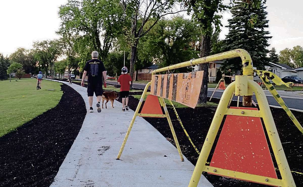 Street improvements on Lakewood Boulevard are much needed but what's being done incorporates no active transportation elements.