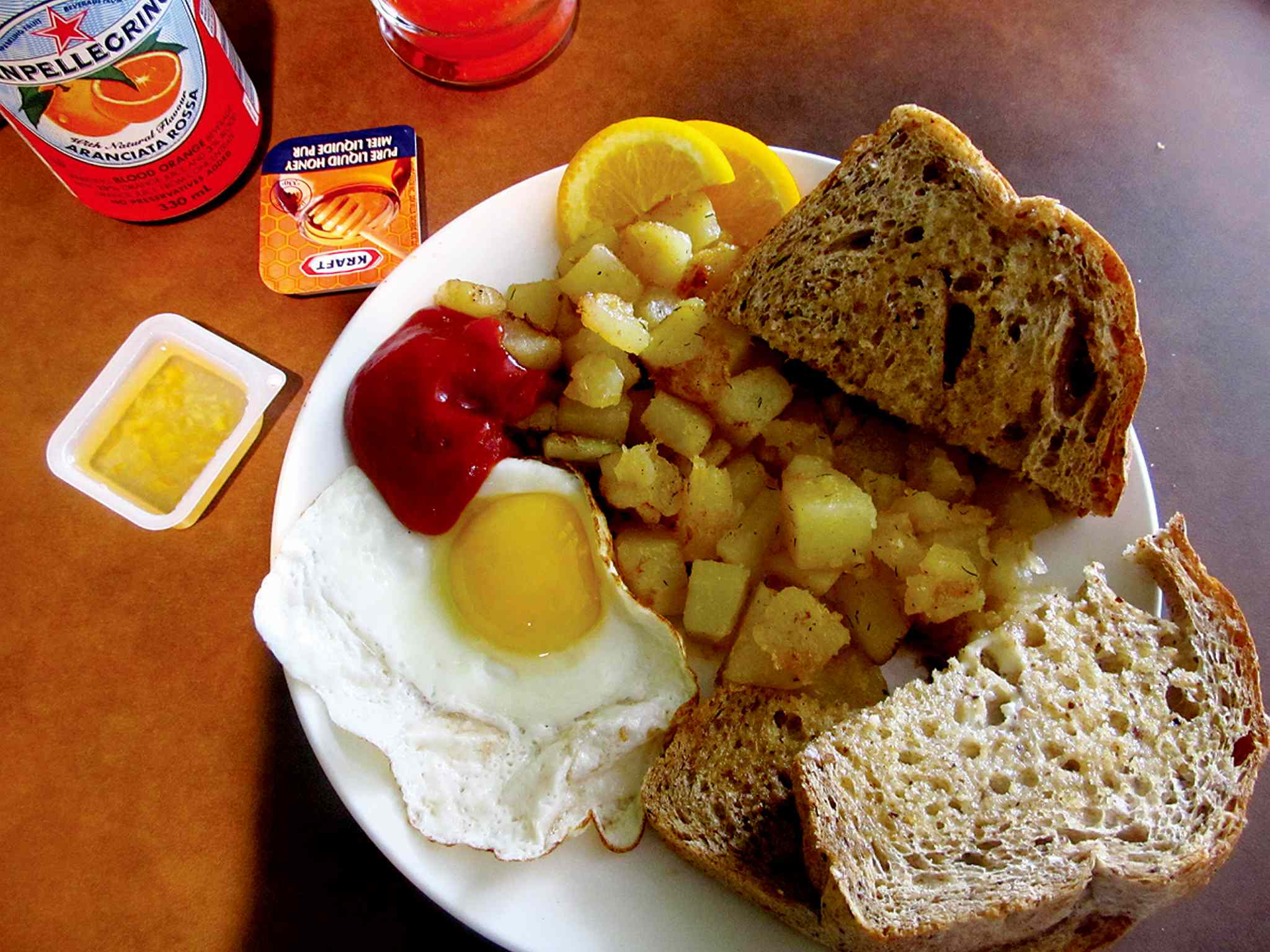 The 'small start' breakfast at L'Arche Tova Cafe is a lovely way to begin the day.