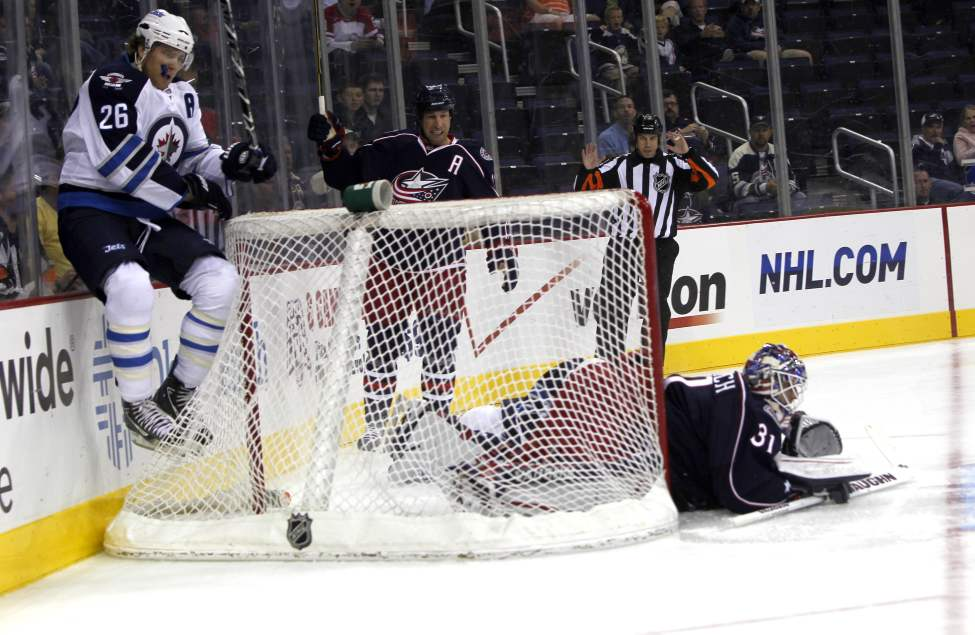 The Winnipeg Jets vs.Columbus Blue Jackets at Nationwide Arena in Columbus, Ohio. First Period action. Sept. 20, 2011 (BORIS MINKEVICH / WINNIPEG FREE PRESS)