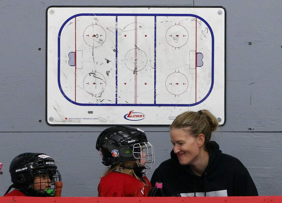 Former Team Canada goaltender Sami Jo Small coaches at her 16th annual Sami Jo Small Female Hockey School for girls aged 6-17.  July 16, 2014  (KEN GIGLIOTTI / WINNIPEG FREE PRESS)