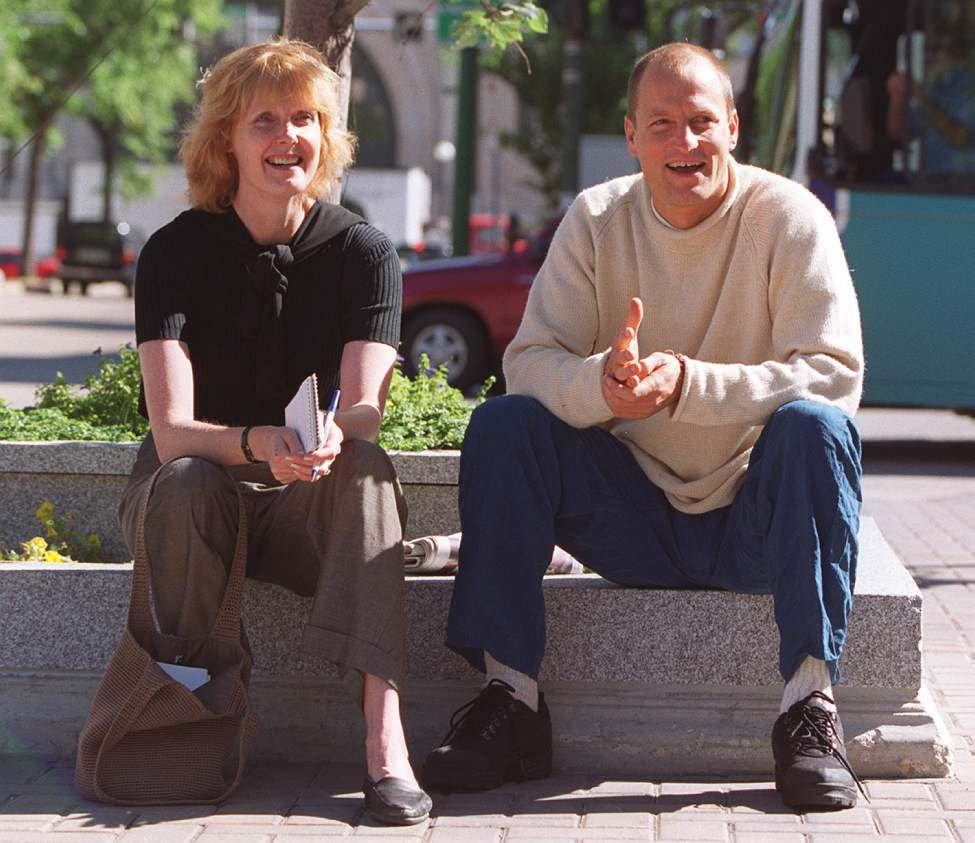Lindor with actor Woody Harrelson outside Hotel Fort Garry in August 2000. (Marc Gallant / Winnipeg Free Press)