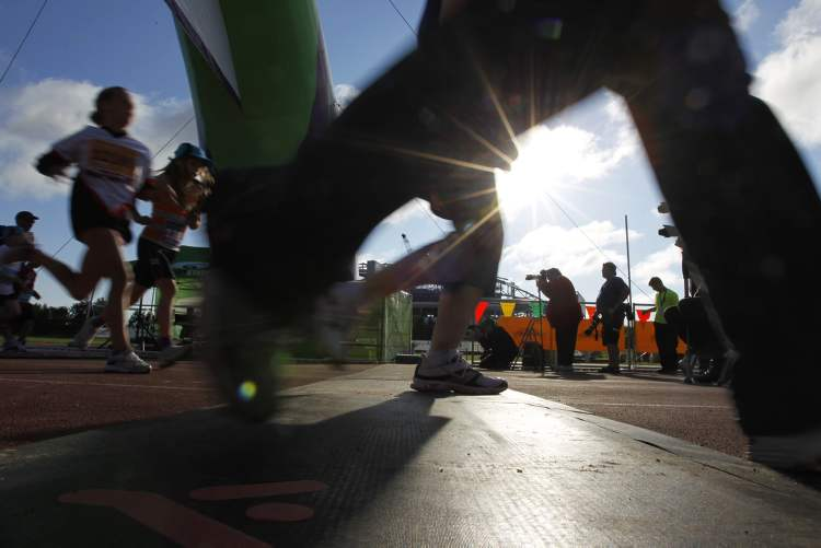 The finish line of the Manitoba Marathon Super Run. (TREVOR HAGAN / WINNIPEG FREE PRESS)