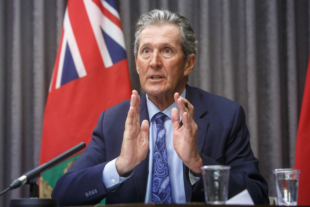 Health care is a major concern with women, who are watching as Premier Brian Pallister's austerity measures result in intensive-care patient transfers to other provinces and overwhelmed nurses voting to strike, says Probe Research president Scott MacKay. (Mike Deal / Winnipeg Free Press files)