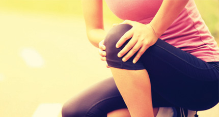 The main symptom is pain behind the kneecap. You may have pain when you walk, run, or sit for a long time.
