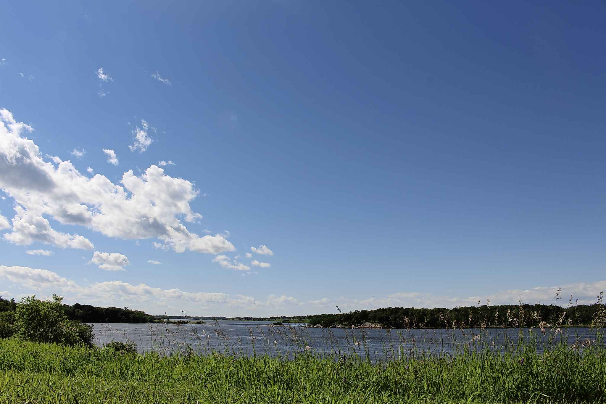 Powerview-Pine Falls is situated on the south bank of the Winnipeg River. The scenic location belies the community's troubles. (Ryan Thorpe / Winnipeg Free Press)