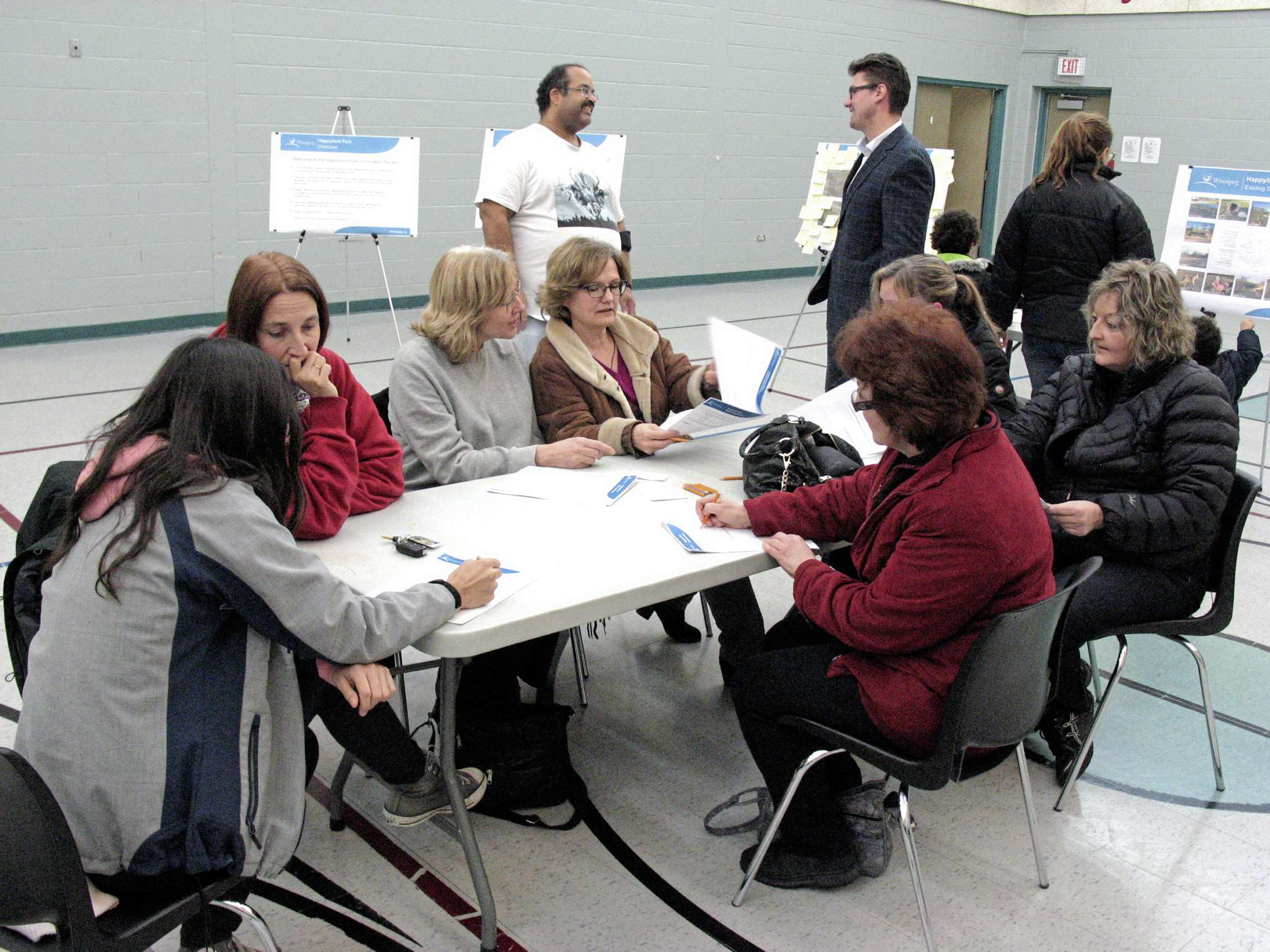 A recent open house was held at Archwood Community Centre to focus on the play structure in Happyland Park.