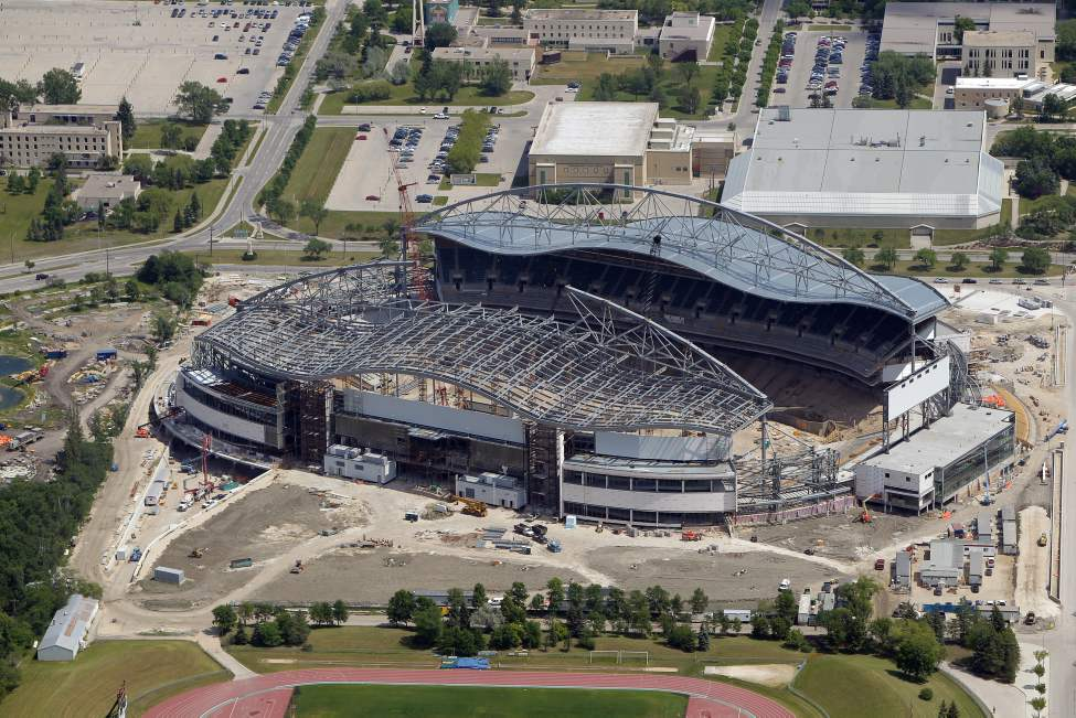 The new Investors Group Stadium- future home of the Winnipeg Blue Bombers. July 3, 2012  (BORIS MINKEVICH / WINNIPEG FREE PRESS)