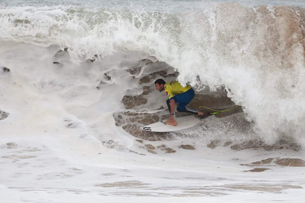 In this image provided by the Association of Surfing Professionals (ASP), Joel Parkinson, of Australia, rides a wave during the RipCurl Pro Portugal surfing competition in Peniche, Portugal, Thursday, Oct. 18, 2012. (AP Photo/ASP, Kelly Cestari)